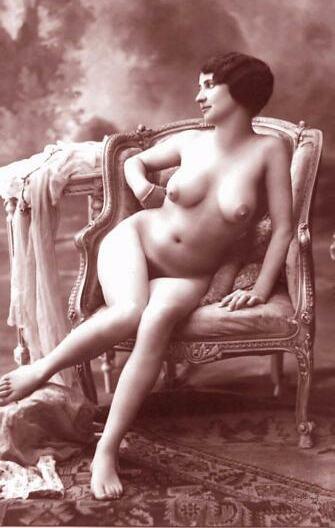 http://www.courios.at/Aktbig/vintageFranzPk-05.jpg