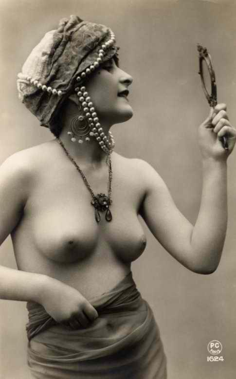 http://www.courios.at/Aktbig/vintageFranzPk-38.jpg